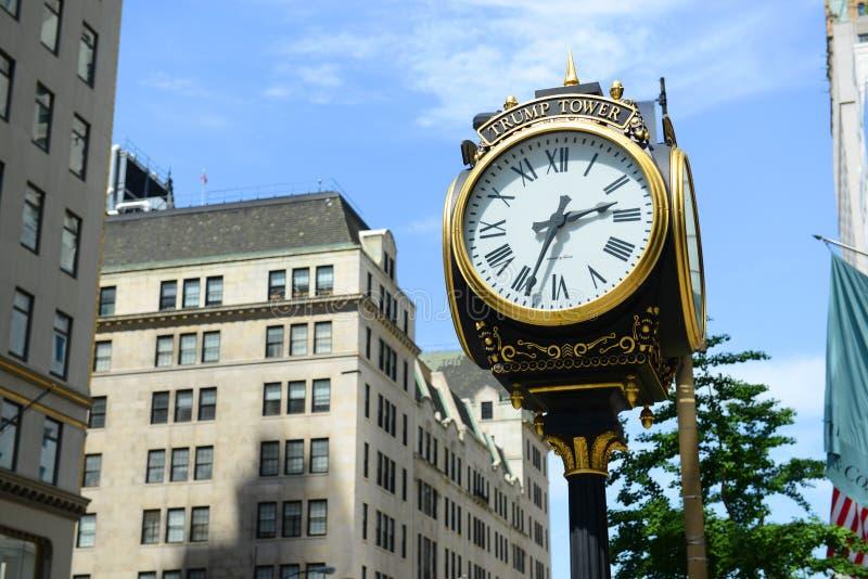 Download Horloge De Tour D'atout, Manhattan, New York City Photo stock éditorial - Image du constructions, grille: 76089913