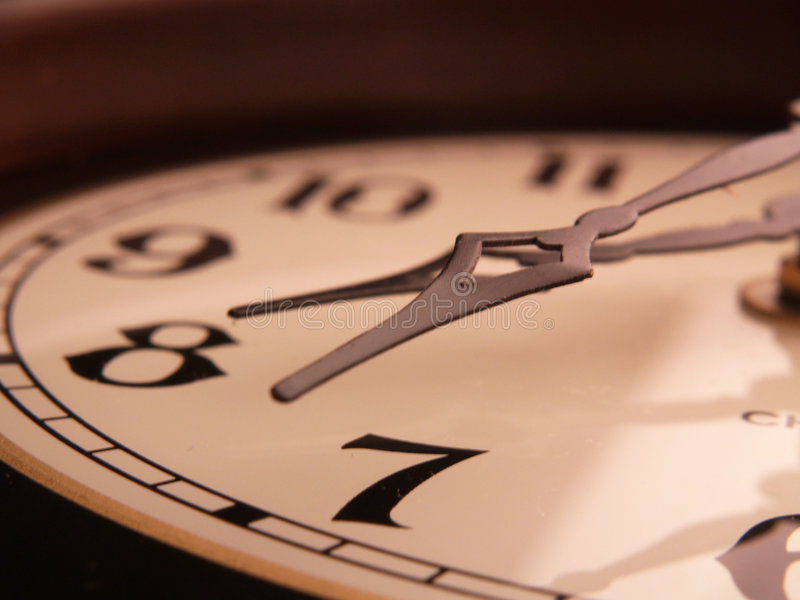 Horloge tombée photographie stock