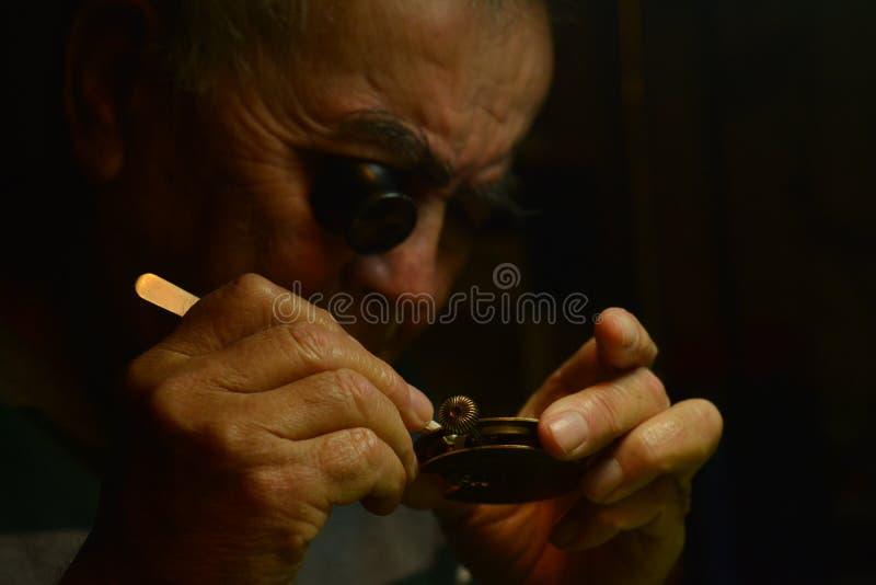Horlogemaker het werken royalty-vrije stock foto