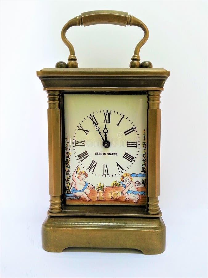 Horloges antiques de mantel images libres de droits