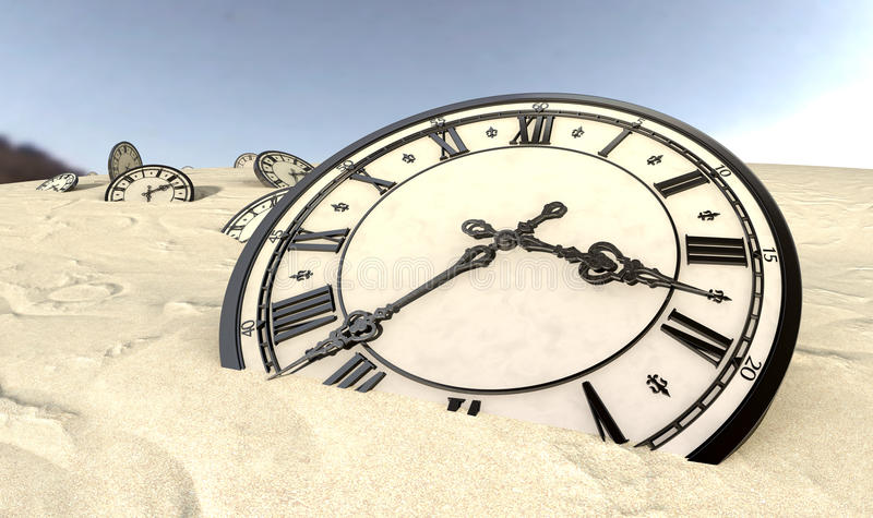 Horloges antiques en plan rapproché de sable de désert photographie stock libre de droits