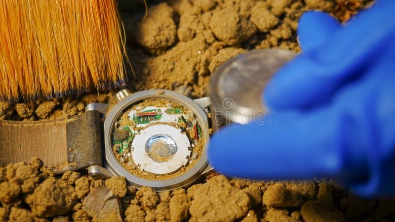 Horloges na vliegtuigneerstorting worden gevonden, schip, autoconcept dat stock afbeelding