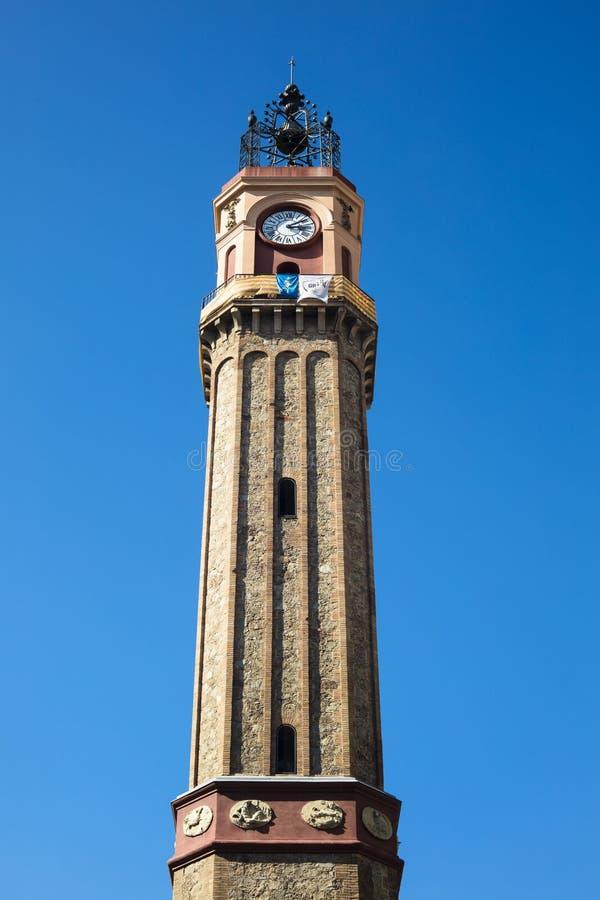 Horlogetoren in Vila de Gracia Square in Barcelona, Catalonië, SP stock afbeelding
