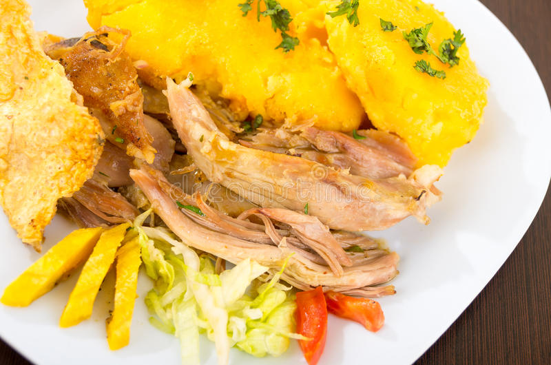 Hornado a rôti la nourriture d'ecuadorian de porc images stock