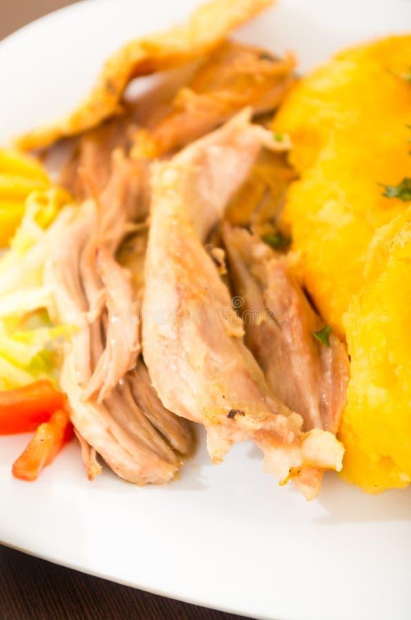 Hornado a rôti la nourriture typique d'ecuadorian de porc photographie stock libre de droits