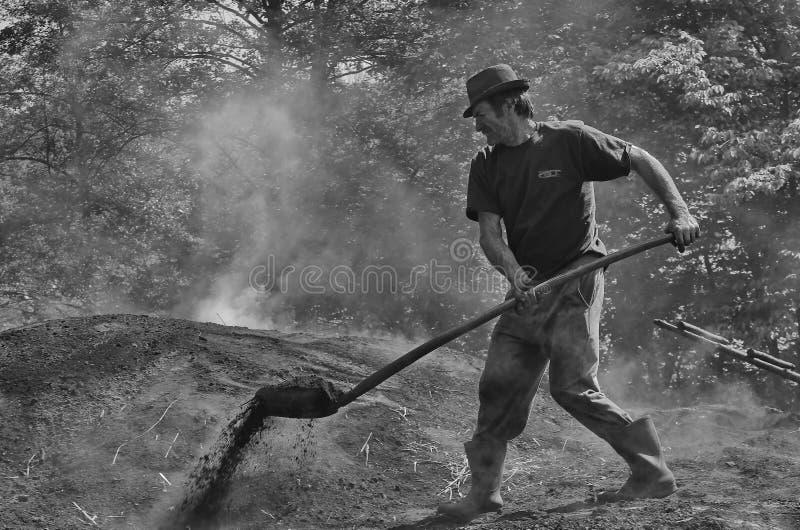 Hornilla de carbón de leña foto de archivo