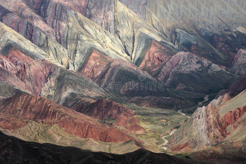 Hornocal massieve dichtbijgelegen Humahuaca op Argentinië a royalty-vrije stock fotografie