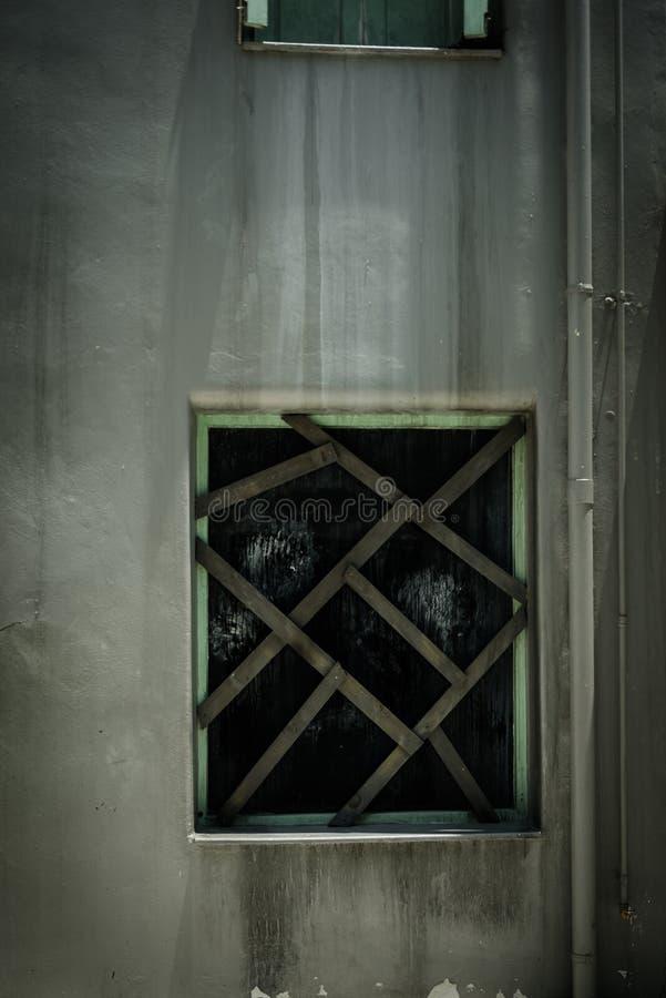 Horror scena stary grunge budynek zdjęcia stock