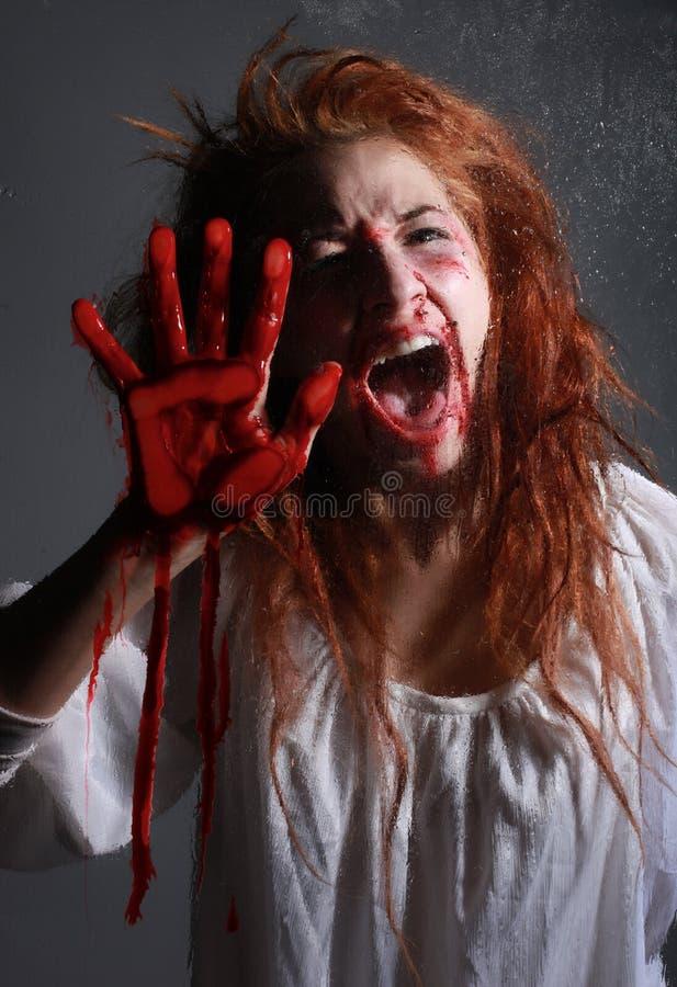 Horroru O temacie wizerunek Z Krwawić Freightened kobiety zdjęcia royalty free