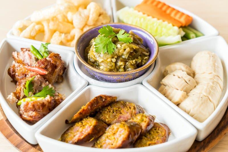 hors d \ 'opere di alimento tailandese tradizionale nordico immagini stock