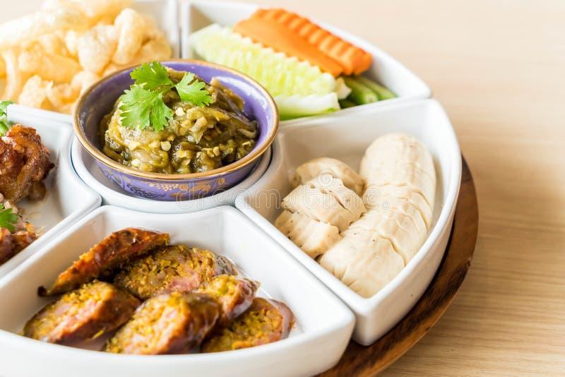 hors d \ 'opere di alimento tailandese tradizionale nordico fotografia stock