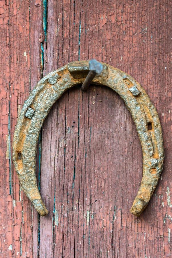 horseshoe старое ржавое стоковое изображение rf
