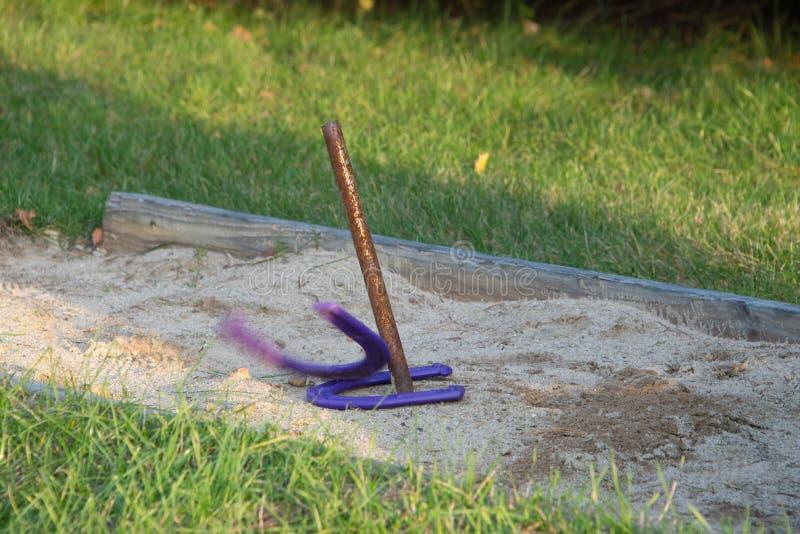 8: Horseshoes - 10 Easy DIY Backyard Games | HowStuffWorks