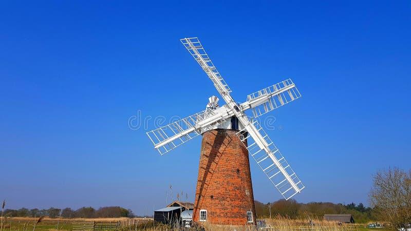 Horsey Windpump is een windpump of drainagewindmolen in het dorp van Horsey, Norfolk royalty-vrije stock foto