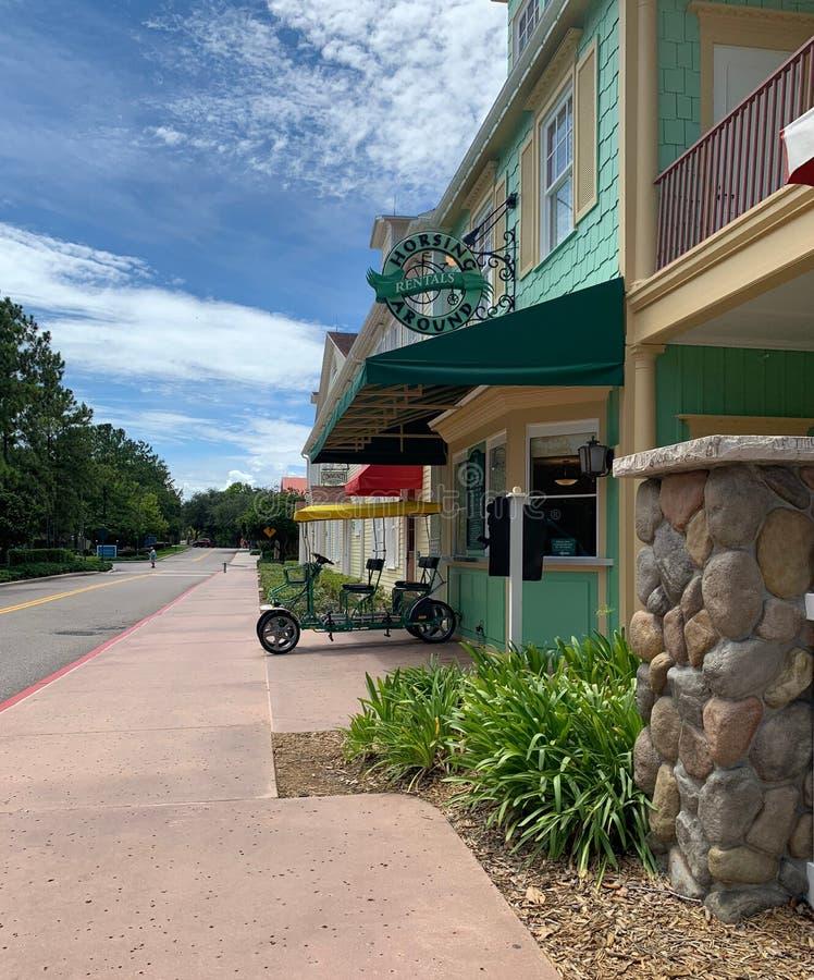 Horsing autour des locations chez Saratoga Springs, Orlando, la Floride photographie stock