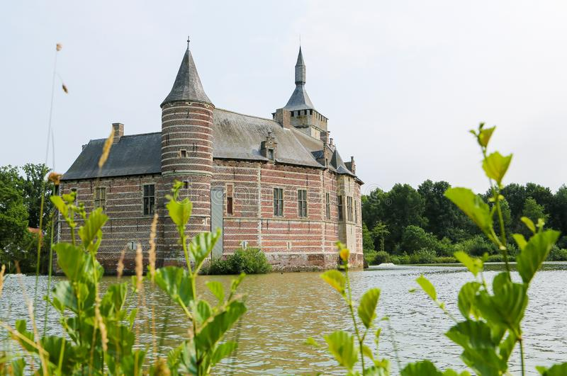 Horst Castle vicino a Lovanio nel Belgio fotografie stock libere da diritti