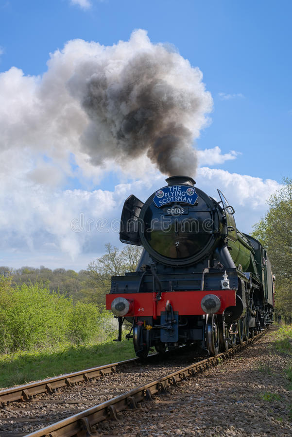 HORSTED KEYNES, SUSSEX/UK - APRIL 13 : Flying Scotsman on the Bl. Uebell Line near Horsted Keynes in Sussex on April 13, 2017 royalty free stock images