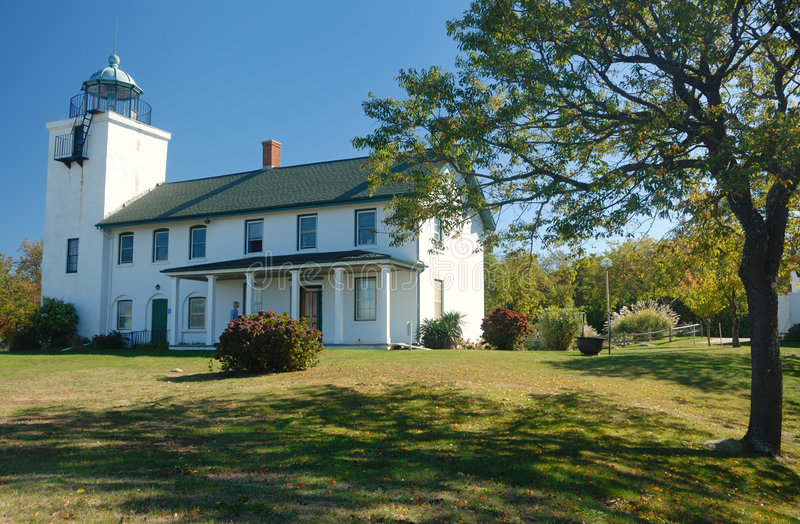 Download Hortons Point Lighthouse Stock Image - Image: 3929811