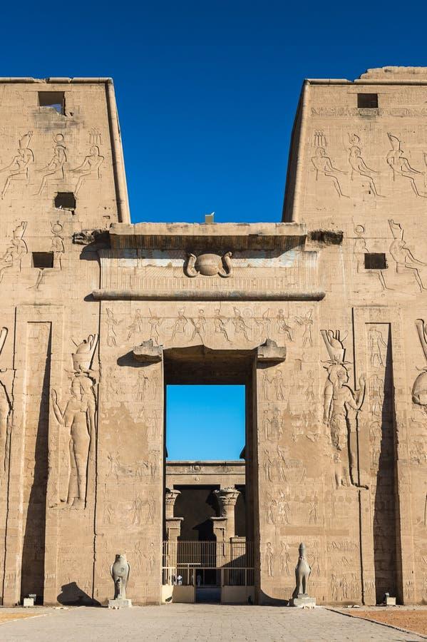 Horus,埃德富,埃及托勒密的寺庙  库存照片