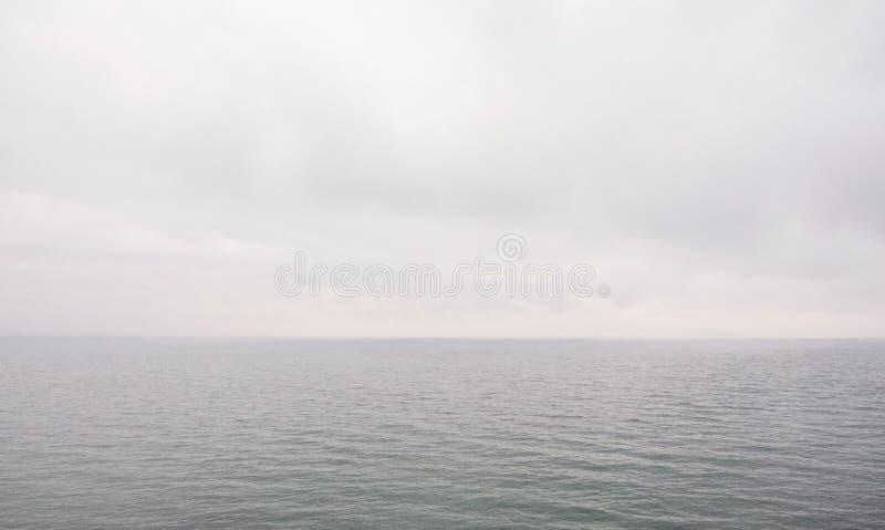 horyzont latarni kilka minut nieba burzy denny widok obrazy stock