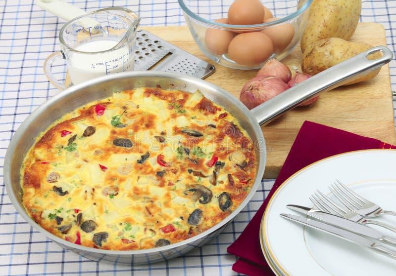 horyzontalny omletu niecki spanish obrazy stock