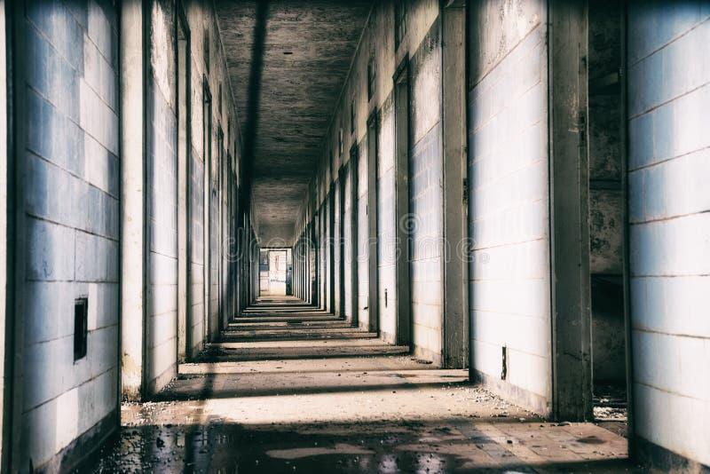 Hospital mental abandonado em Brasil fotografia de stock royalty free