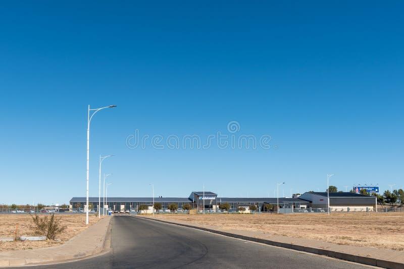 Hospital privado de Busamed em Bram Fischer International Airport em Bloemfontein fotos de stock royalty free