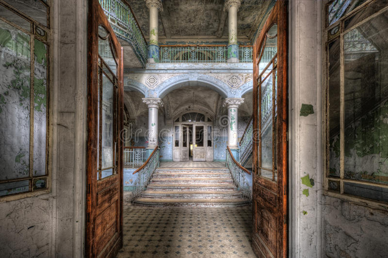 Hospital velho em Beelitz foto de stock royalty free