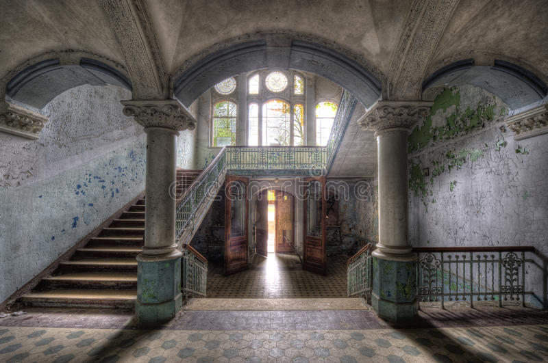Hospital velho em Beelitz imagem de stock royalty free