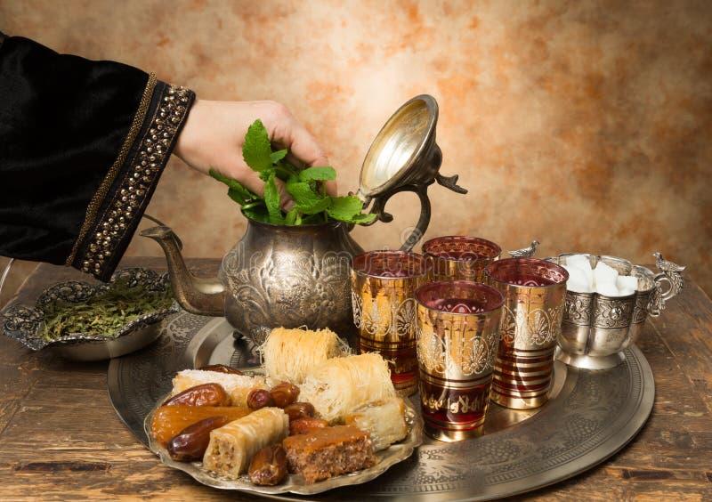 Hospitalidad árabe imagen de archivo libre de regalías