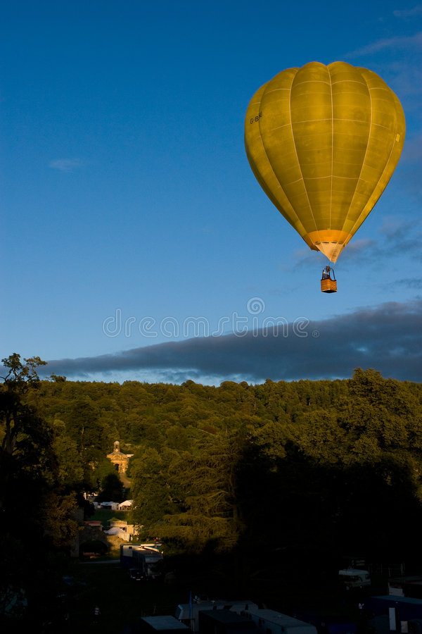 Hot Air Balloon Over Castle royalty free stock images