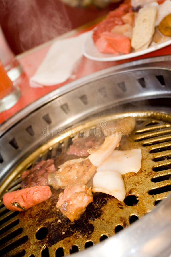 Free Hot And Tasty Oriental Barbecue Royalty Free Stock Photos - 8251768