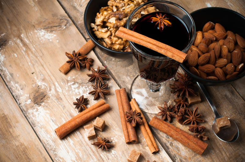 Download Hot Mulled Wine, Spices And Nuts Stock Image - Image: 34016677