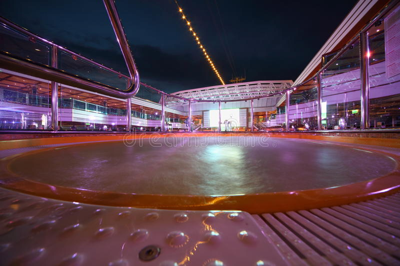 Download Hot Tube In Deck Of Costa Deliziosa Editorial Image - Image of pool, angle: 17515050