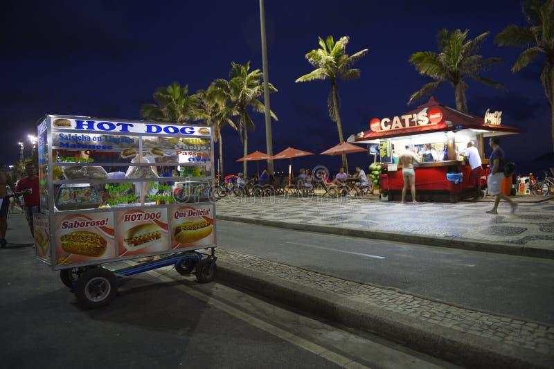 Hotdogkar en het Strand Rio van Kioskipanema royalty-vrije stock fotografie