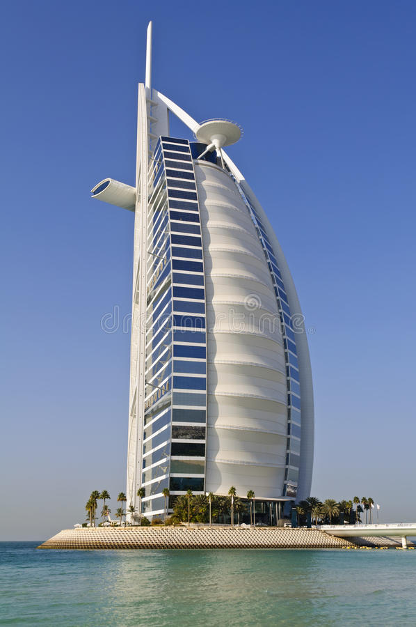 Hotel árabe del al de Burj en Dubai, UAE foto de archivo