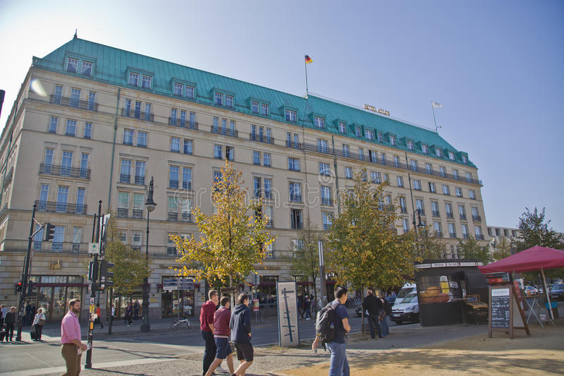 Hotel Adlon Kempinsky em Berlim imagem de stock royalty free