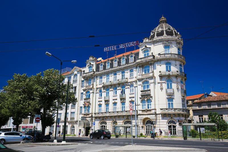 Hotel Astoria en el centro histórico de Coímbra foto de archivo libre de regalías