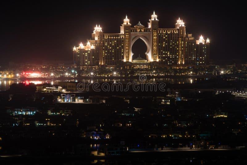 Hotel Atlantis de Palm bij nacht, Doubai De V.A.E stock fotografie