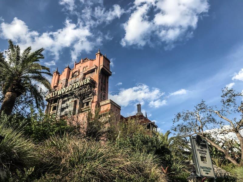 Hotel da torre de Hollywood em estúdios do ` s Hollywood de Disney fotos de stock royalty free