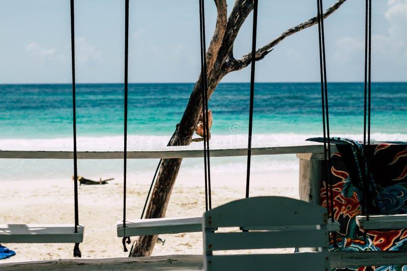 Hotel de los Cocos de la vista al mar de Tulum imagenes de archivo