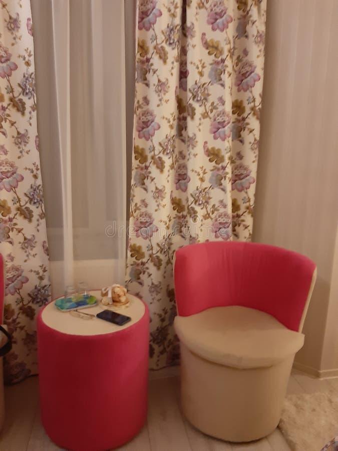Hotel de luxo da sala da cadeira fotos de stock royalty free