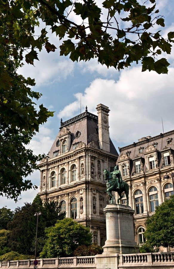 Hotel de Ville在巴黎 免版税库存图片