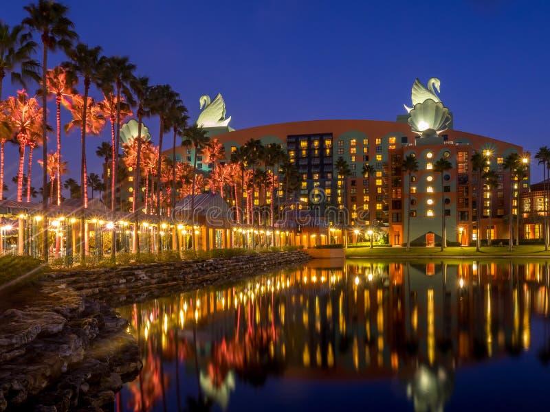 Hotel del cisne y del delfín, mundo de Disney imágenes de archivo libres de regalías