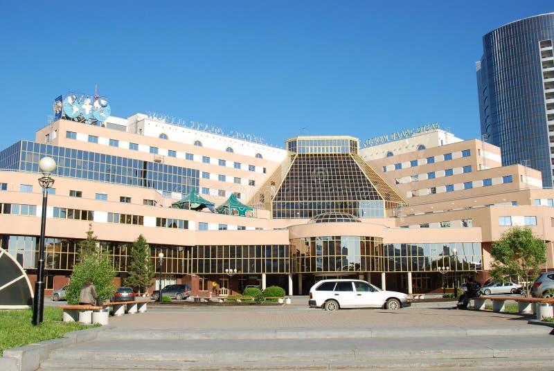 Hotel del palazzo dell'atrio e World Trade Center, Russia fotografia stock