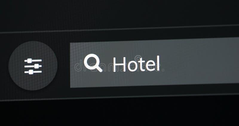 Hotel di parola scritto nella barra di ricerca fotografie stock libere da diritti