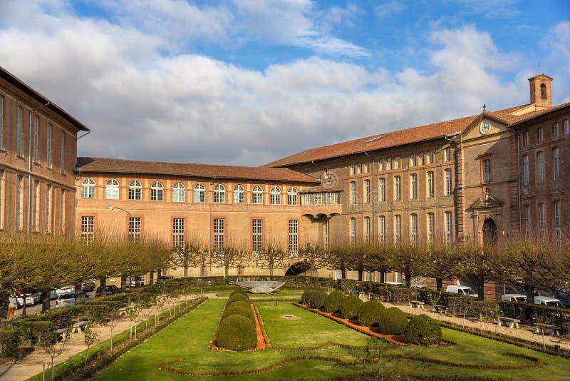 Hotel-Dieu Saint-Jacques dell'ospedale a Tolosa fotografie stock