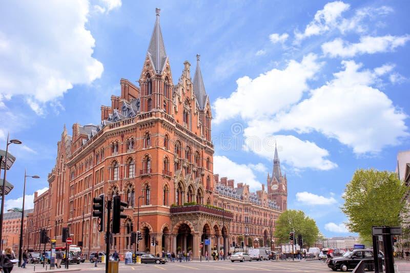 Hotel do renascimento de St Pancras em Londres imagem de stock