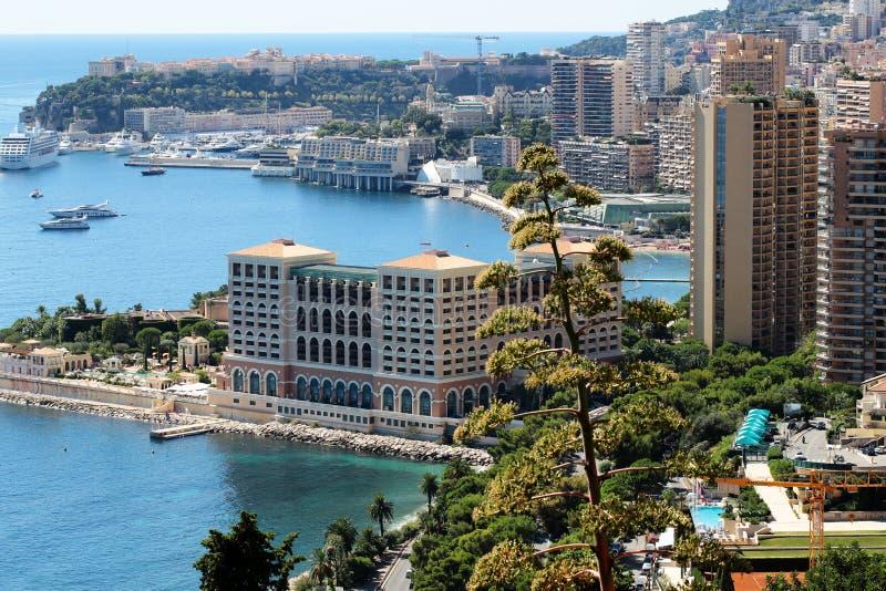Hotel e recurso da baía de Mônaco imagem de stock