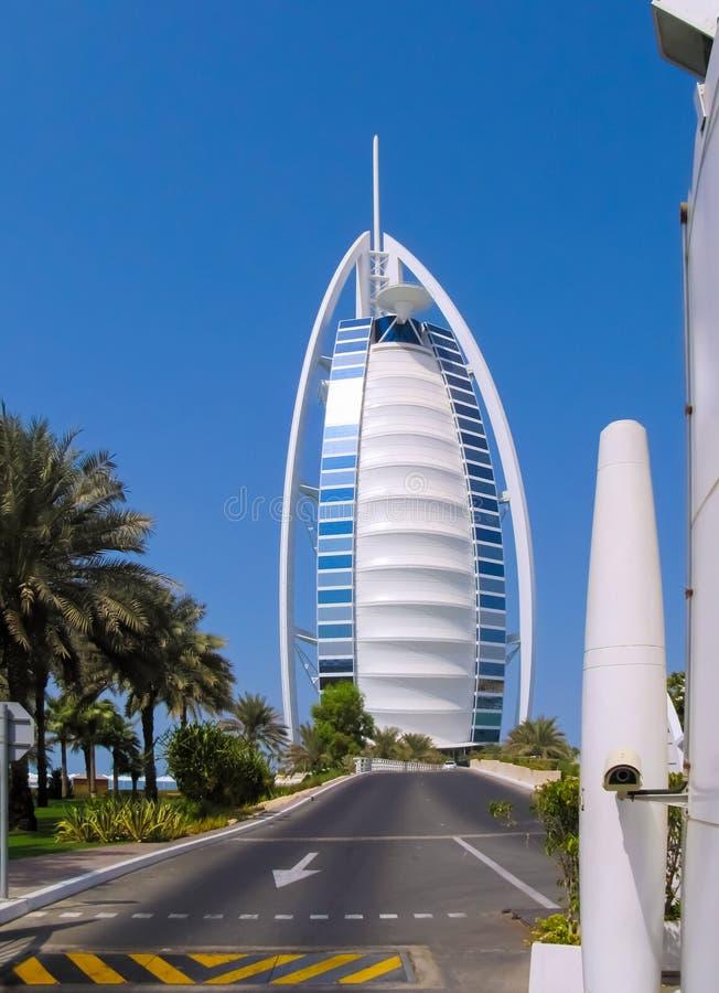 Hotel en árabe Jumeirah del al de Dubai Burj imagenes de archivo